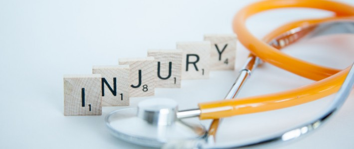 Aircraft Engineer suffers serious injury at his place of work and is awarded over £47,000 in compensation