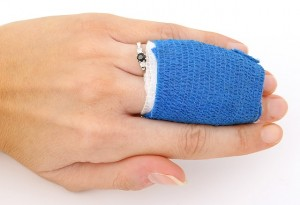 finger injury claim